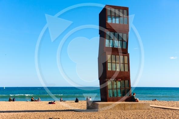 Barcelona beach, Platja de Sant Sebastia,  'Tribute to Barceloneta' sculpture
