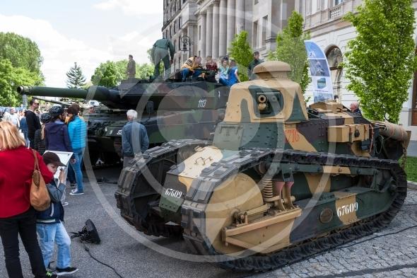 Tank Renault FT