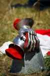 Image of glove. Medieval Knight Gauntlets – metal gloves