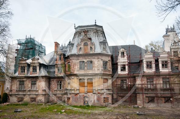 Guzow, Ruins of Sobanski Palace