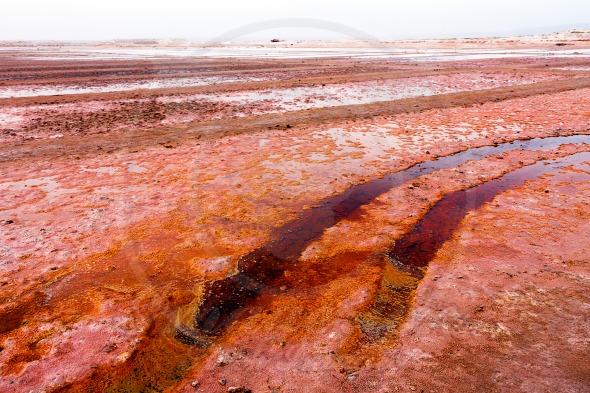 Red salt evaporation ponds