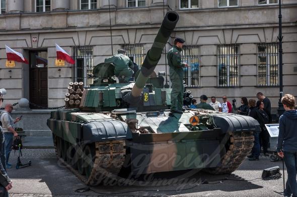 PT 91 tank