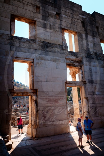 Library of Celsus in Efes, view from the inside